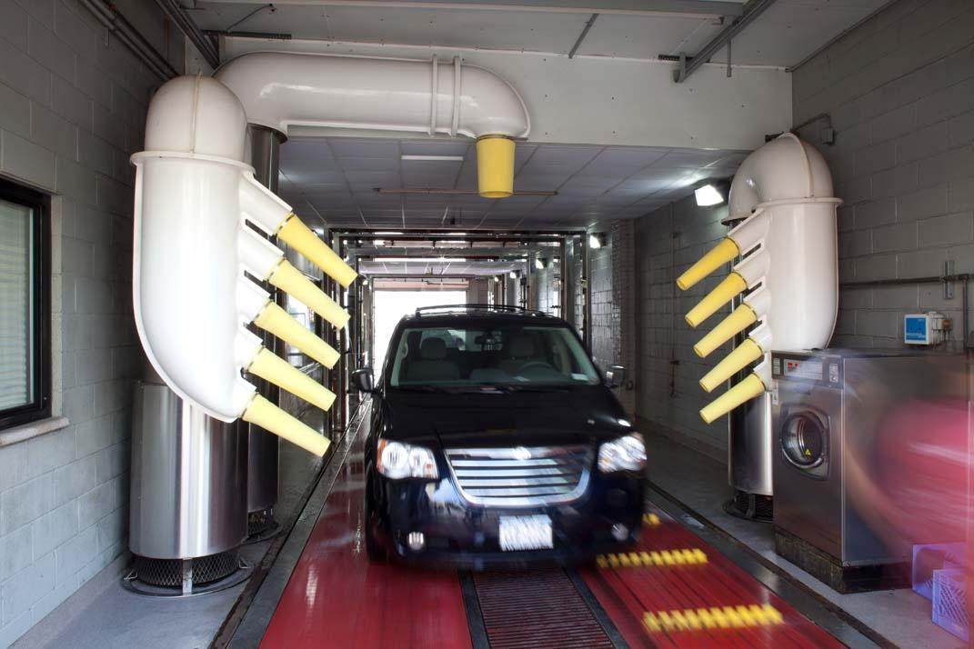 Ultrasonic Car Wash Bellerose New York Emilio Susa